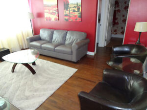 short term,downtown,fully equipped suitcase ready 2 bdrm condo