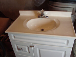 Vanity and sink and tap set