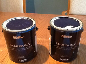 4 gallons de peinture BEHR Marquee, de couleur bleu