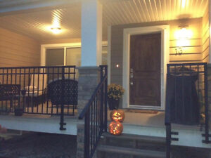 Immaculate Townhome in Glenmore