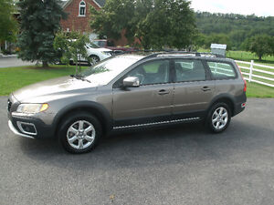 2009 Volvo XC70 3.2L Wagon:Leather,Loaded,Drives Great,Must See!