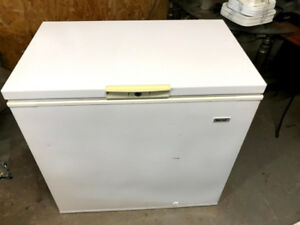 Beaumark Chest Freezer - White