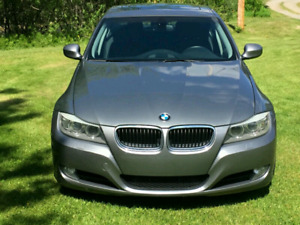 2011 BMW 328i  xdrive Execitive package