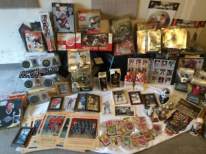 Giant lot hockey cards figurines sets posters calendars Beehive