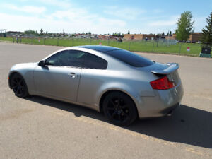 2005 Infiniti G35 Coupe fully loaded show room condition