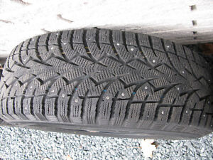 Toyo Observe G3 Ice, Studded Winter Tires w Rims, P235 70/R16