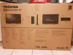 "Toshiba 50"" flat screen tv Cambridge Kitchener Area image 2"