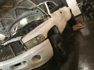 2000 Dodge Power Ram 3500 Dually No mvi