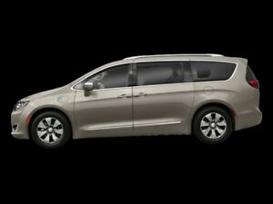 2018 Chrysler Pacifica   Platinum Hybrid
