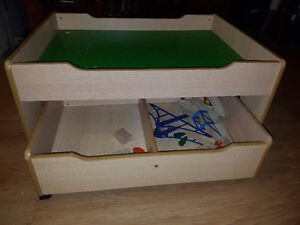 Play table with storage drawer