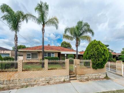 Newly Renovated 3x1 House Opposite Charlies Shopping Centre Bayswater Bayswater Area Preview