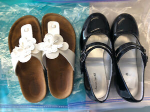 Girls size 2/3 sandals and shoes