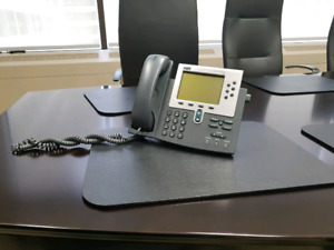 10 Cisco CP-7960 IP Telephone(s) - PRICED TO MOVE!