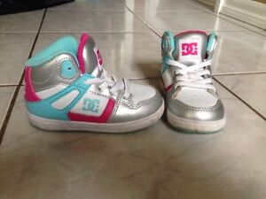 Toddler Size 6 DC Running Shoes