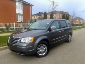 2010 Chrysler Town & Country Limited Top of the range 4.0L
