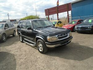 1995 Ford Explorer SUV MOTHERS DAY GIFT WITH 300$ GAS CARD!!
