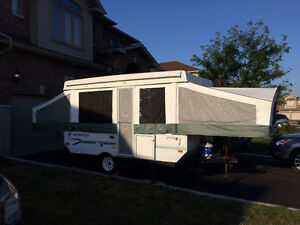 ROCKWOOD 2270 TRAILER - GREAT CONDITION