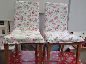 2 chairs £15