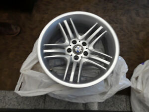 "BMW 19"" OEM (style 89) Set of Rims (x4) - $2,500 - $2500 (Gatewa"
