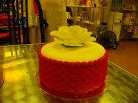 Cake decorating and pastry course