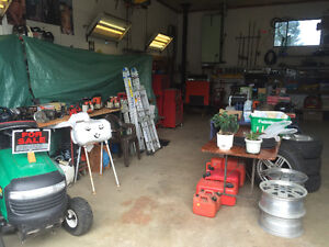 Huge multi family garage sale Campbell River Comox Valley Area image 7