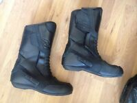 motorcycle boots UK size 10, EURO 44 leather water proof, touring boots.