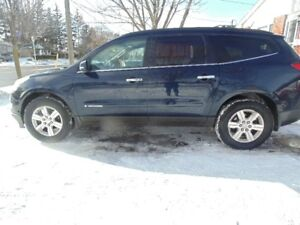 2009 Chevrolet Traverse 1LT SUV, Crossover