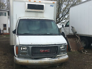 2002 GMC Refrigerated with insulated box