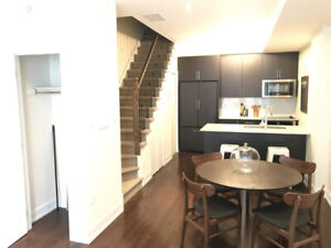 Beautiful 3+Den Townhouse in the Junction !!! 1 month FREE !!!