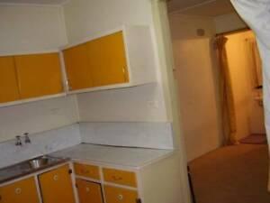 furnished granny flat / studio 15 min walk to westmead/parramatta  *