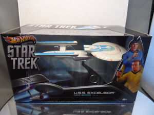Hot Wheels Star Trek 1/50th Scale USS Excelsior