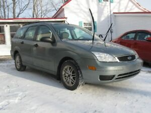 (Private Sale// 2006 Ford Focus // New MVI & Low kms. \\
