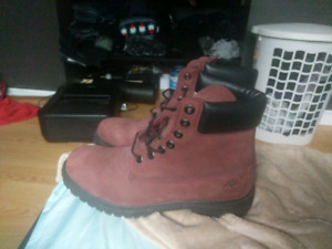 Timberland Size 10.5 6 inch burgundy boots