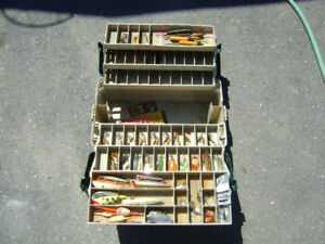 PLANO FISHING BOX WITH VARIOUS TACLE