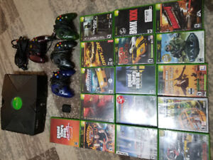 Oraginal XBOX 4 controllers 16 games