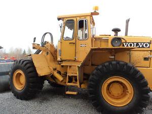 loadeur volvo L-120(chargeuse sur roue)