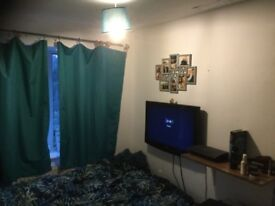 Room to rent in Langley,Near Slough & Heathrow