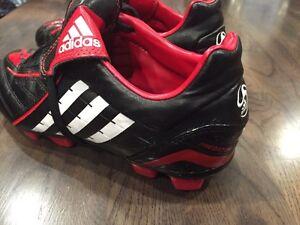 Adidas Predator Youth Soccer Cleats - Size 3 1/2 Prince George British Columbia image 2