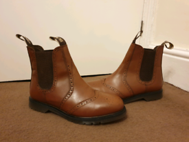 NEW Brown dealer boots size 10