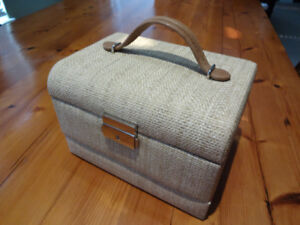 JEWELLERY BOX - New & attractive, with a key - ONLY $25