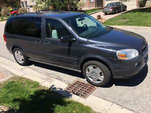 2009 Chevrolet Uplander LS Minivan sell by original owner