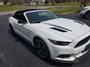 Ford Mustang GT Premium Convertible with California Pkg