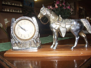 1950's silver horse clock working made by SNIDER very rarre