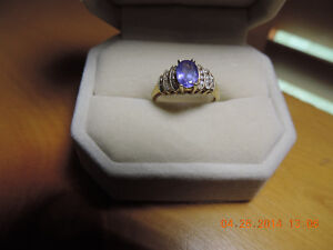 14kt yellow gold tanzanite and diamond ring
