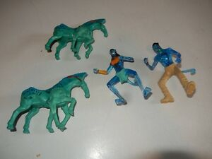 Avatar - Dire Horse and Action Figures Jake Sully and Neytiri