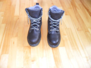 Men's Work Boots Brand New, Size 10.5