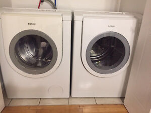 BOSH WASHER AND DRYER NEGOCIABLE