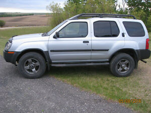 REDUCED SWEET 2002 NISSAN XTERRA SE SILVER ICE 4x4 CROSS OVER