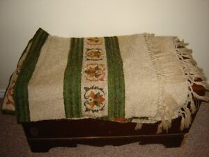 BEAUTIFUL ANTIQUE WOOL BLANKET