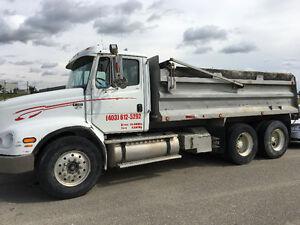 2001 Freightliner fl112 dump truck